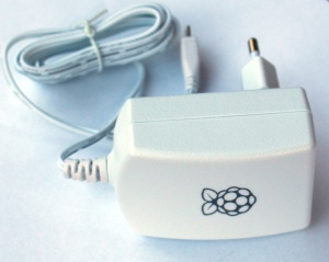 Netzteil für Raspberry Pi Type B+/B2 USB 5V 2.0A mit Logo